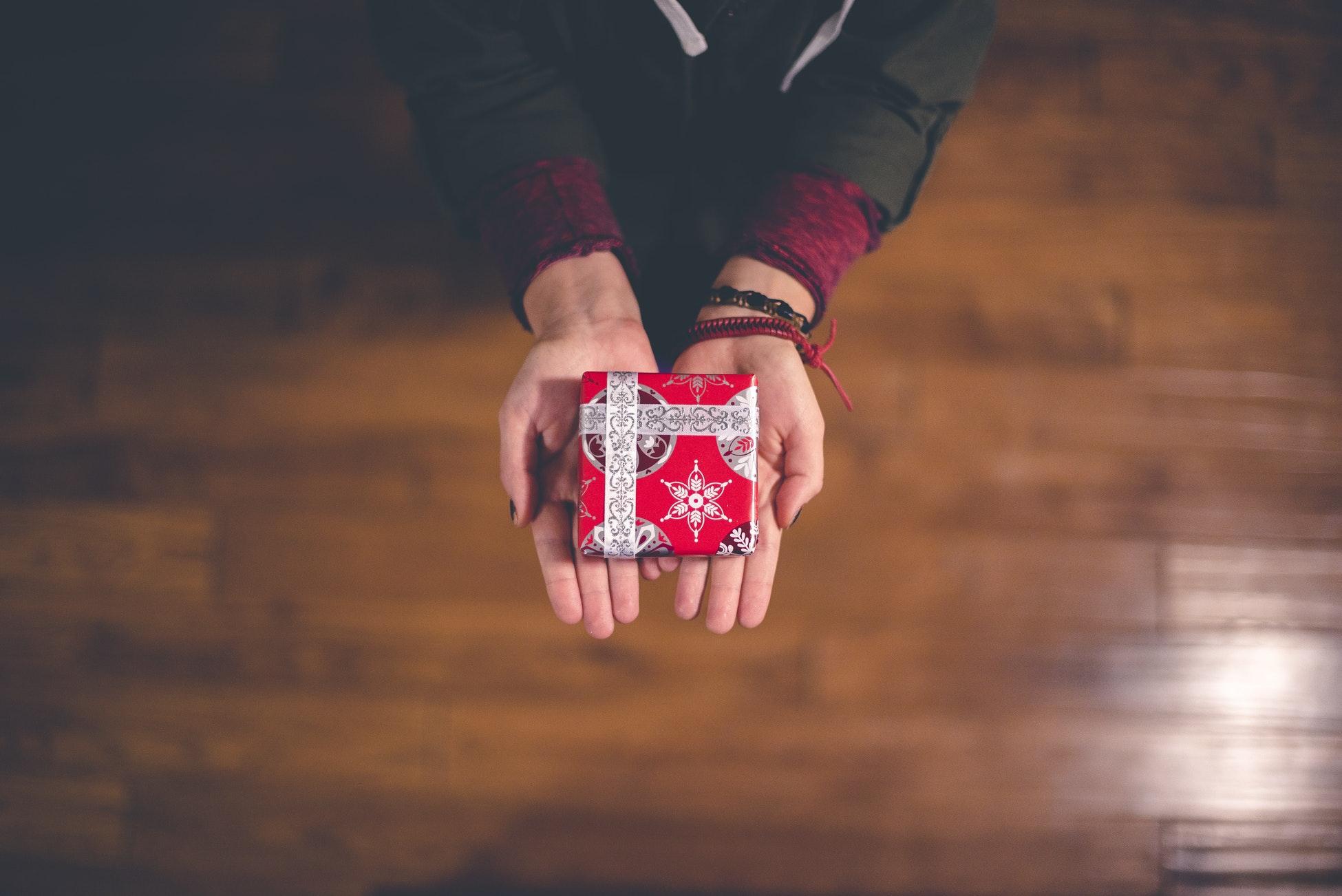 tradycja dawania prezentów