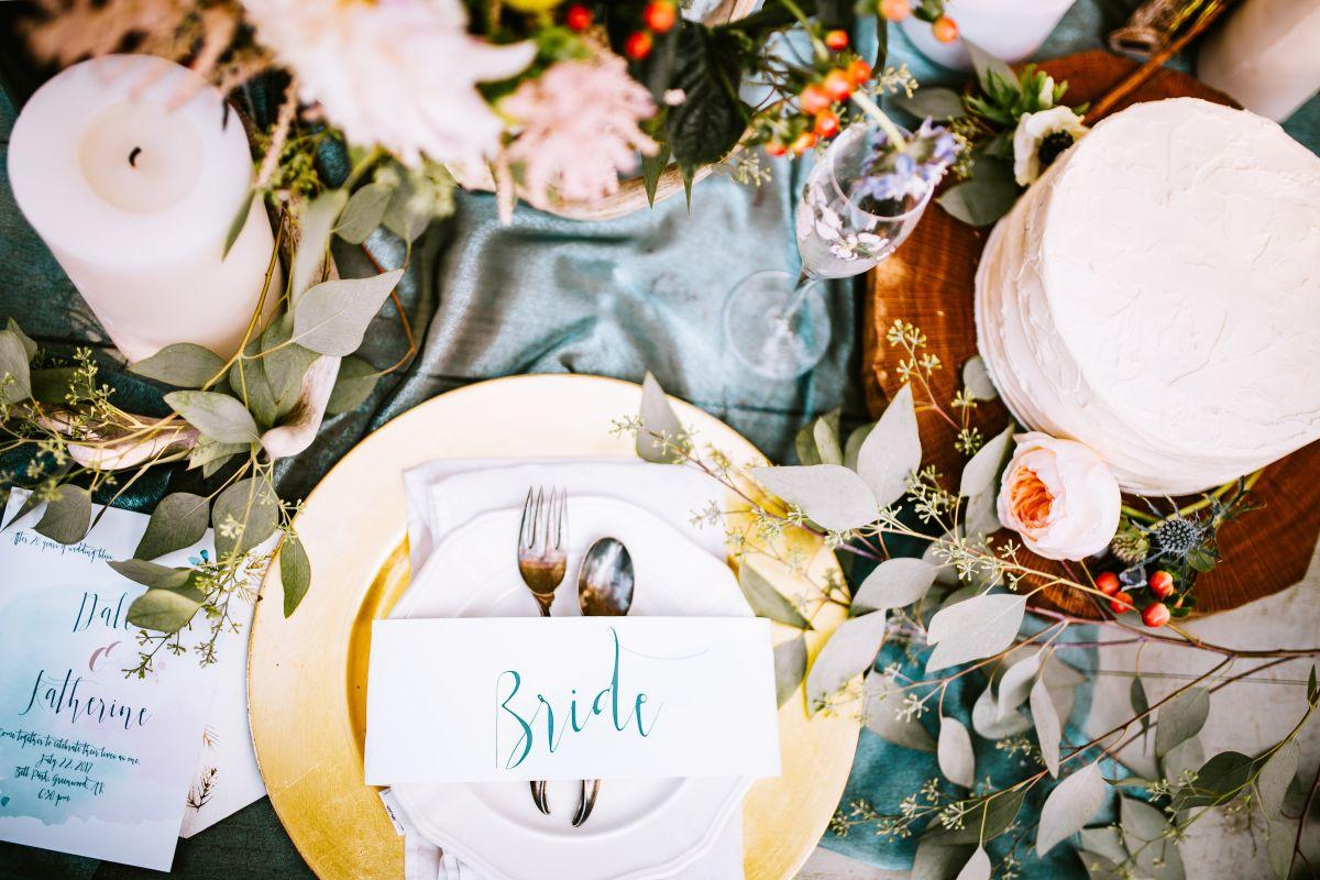 złoto i miedź wesele trend kolor