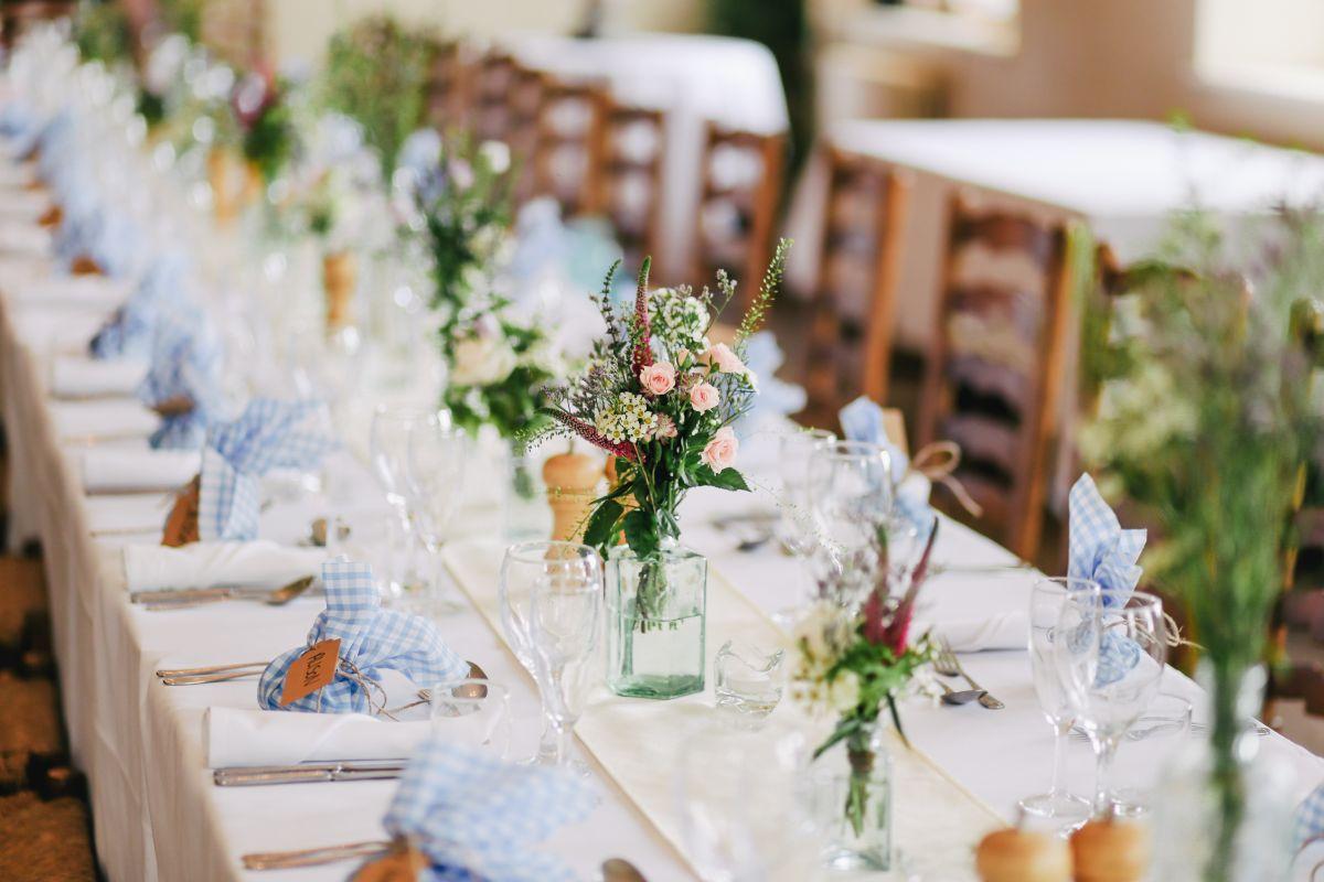 goście weselni na specjalnej diecie jak usadzić
